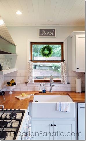 mountain cottage kitchen, farmhouse kitchen, open shelves, wood hood, cottage style, farmhouse style