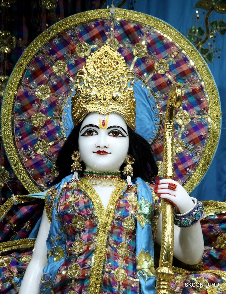 ISKCON Juhu Mangal Deity Darshan 09 Apr 16 (11)