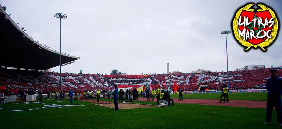 du Tifo Magnifique , North Side d'Ultras Winners 2005 au match derby ...