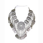Izan-Exotic-Medallion-Necklace.jpg