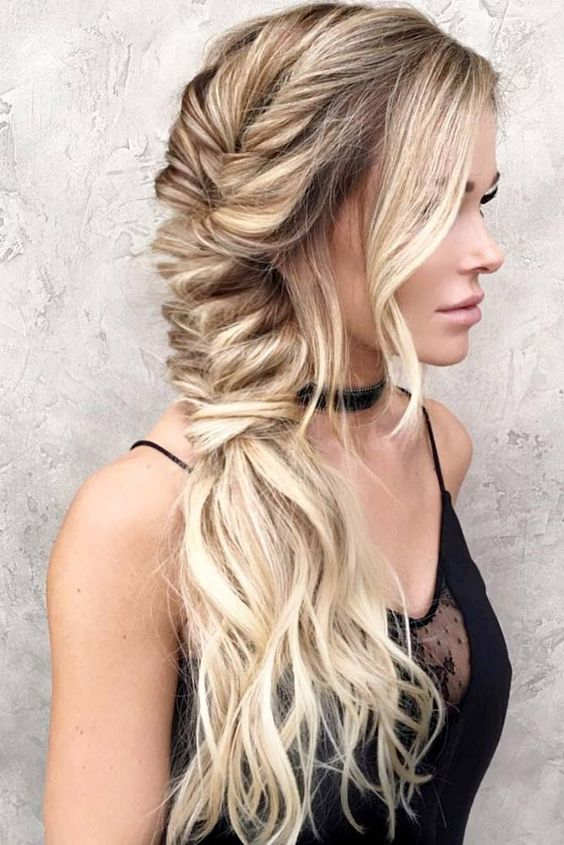 Top 12 Long Hairstyles For Women For This Season 6