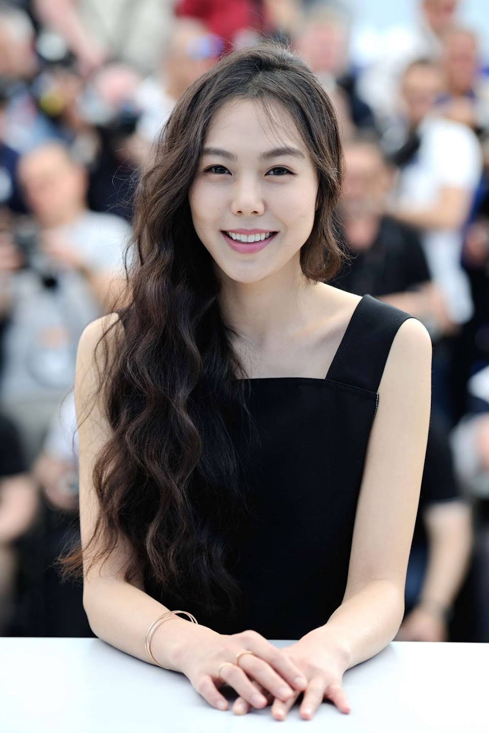 Kim-Min-hee--Claires-Camera-Photocall-at-70th-Cannes-Film-Festival--10