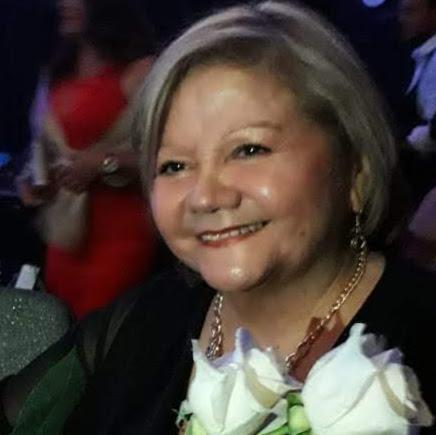AURISTELA ARANDA Autor de     Multinivel  Cosméticos  Oriflame Busca Supervisores - as  Vendedor-a