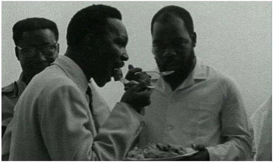 Gowon & Ojukwu sharing a meal before war in Jan 1967