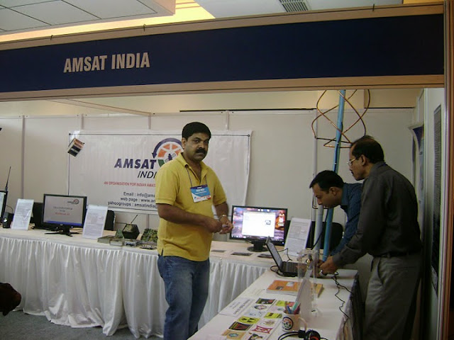 AMSAT INDIA @ HFI 2011 - DSC09464.JPG
