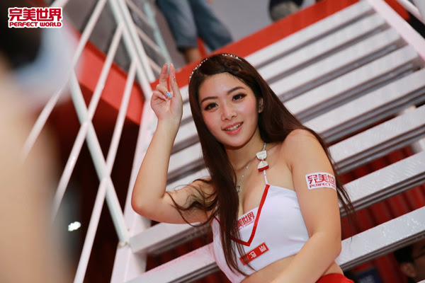 Ngắm dàn mỹ nữ của Perfect World tại ChinaJoy 2013 36