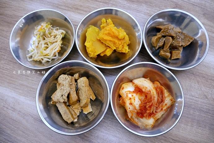 8 江原道韓國料理 新北美食 板橋美食 江原道韓國料理文化店