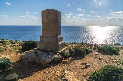 Geocaching auf Malta: Der Süden - die Tempel von Ħaġar Qim und Mnajdra - Blick aufs Meer