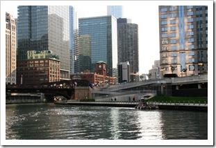Chicago (71)