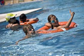 Busca la piscina más cercana para darte un baño en verano