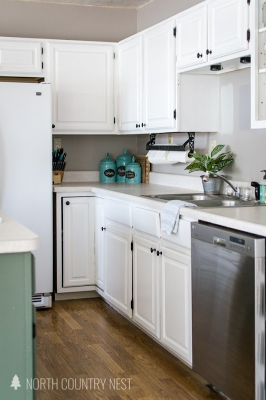 How-to-repaint-kitchen-cabinets-33