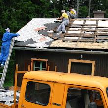 Delovna akcija - Streha, Črni dol 2006 - streha%2B054.jpg