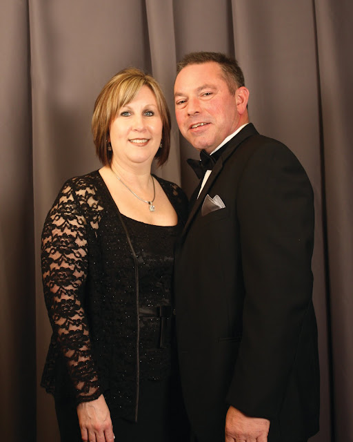 2010 Commodores Ball Portraits - Couple6A.jpg