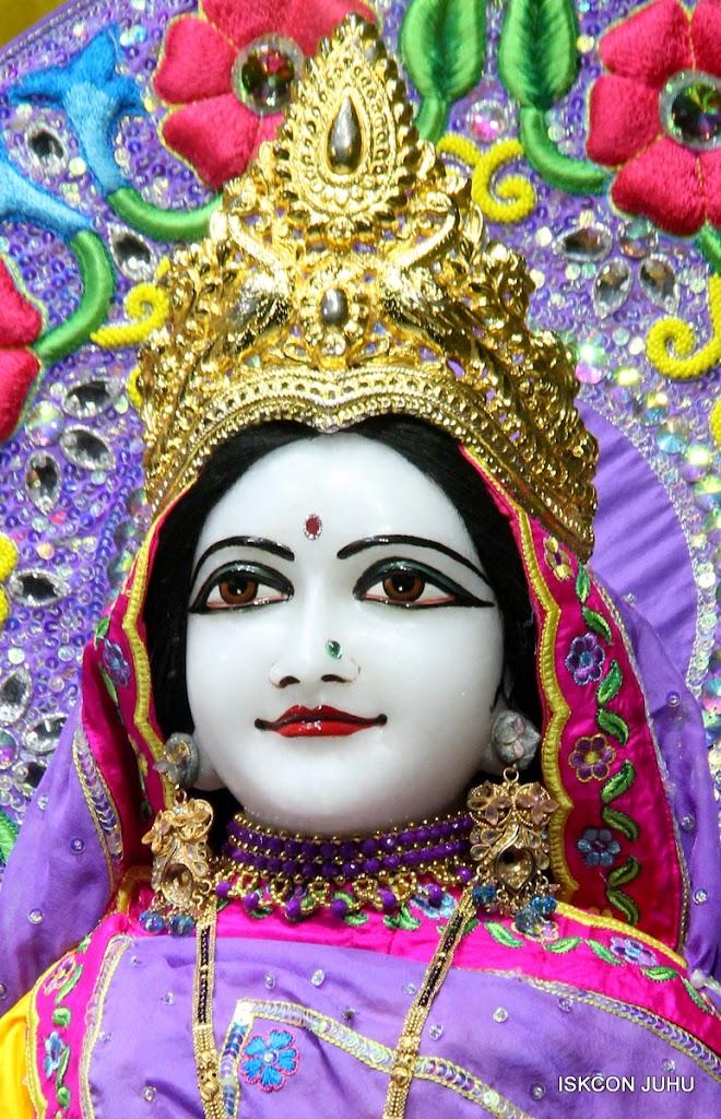 ISKCON Juhu Mangal Deity Darshan on 10th July 2016 (5)