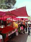 Marketplace in Mexico City (by Jardin De Arte)