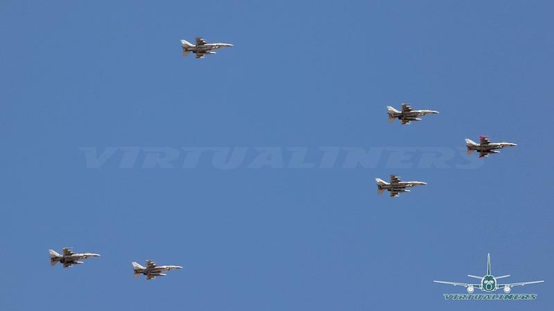 [F-16_block_50_Sobre_Santiago-02%5B3%5D]