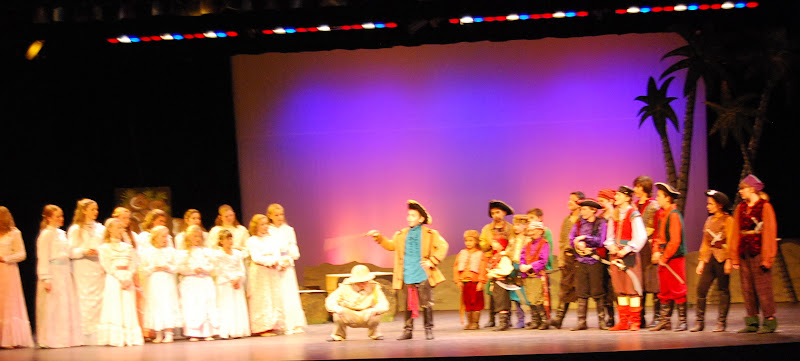 2012PiratesofPenzance - DSC_5837.JPG