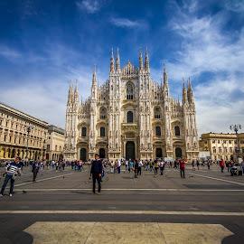 Dumo, Milan by Charles Ong - City,  Street & Park  Street Scenes