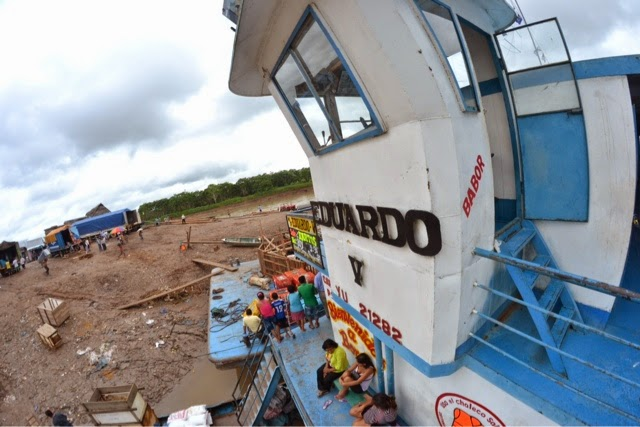 Eduardo V cargo boat