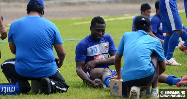 Moses Sakyi Persib Bandung