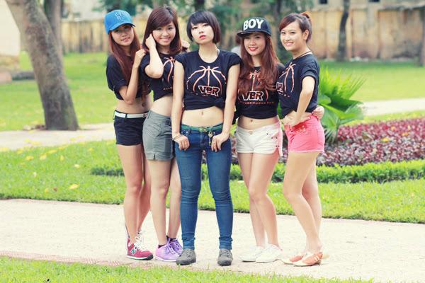 Thí sinh Miss Bóng Rổ khoe sắc tại công viên 13