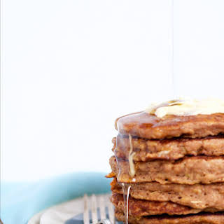 Oats And Apples Pancakes.