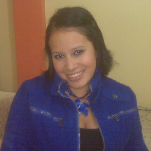 Mirna Villalobos Photo 8