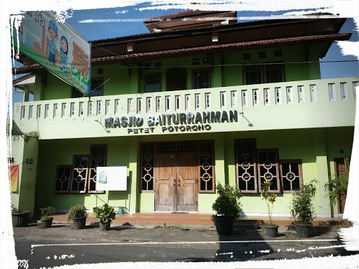 Masjid dan Bengkung Ibuku
