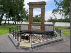 180315 071 Jerilderie War Memorial