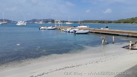 Dinghy dock di The Loose Mongoose - Trellis Bay