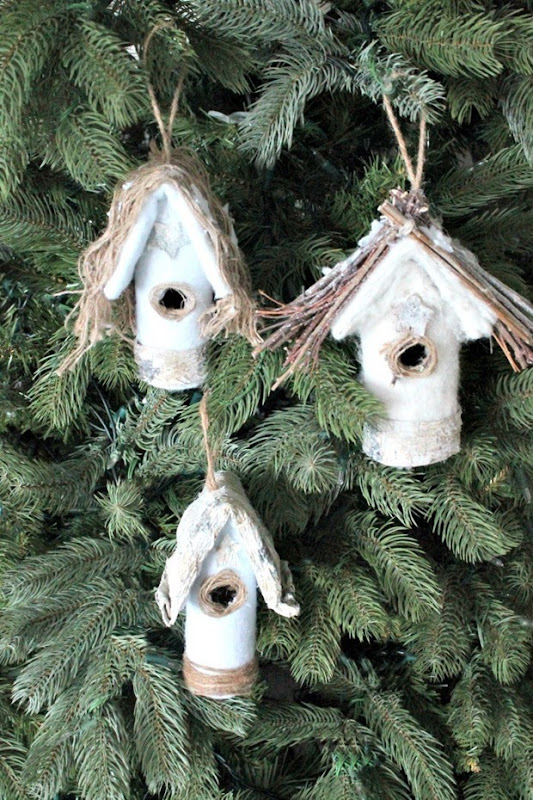 01-Christmas-Tree-Bird-Houses