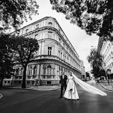 Wedding photographer Simon Varterian (svstudio). Photo of 11.04.2018