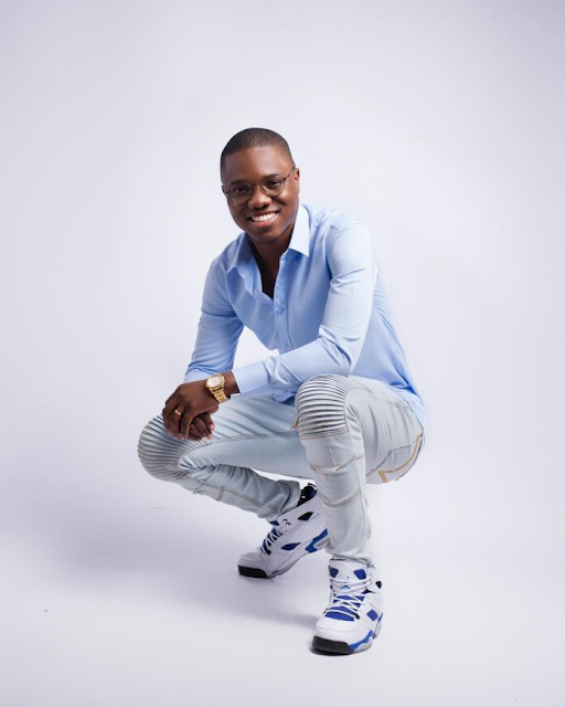 O jovem empreendedor e digital influencer moçambicano, Nemias Akeem Matsinhe, ou simplesmente Akeem, sumiu das redes sociais.