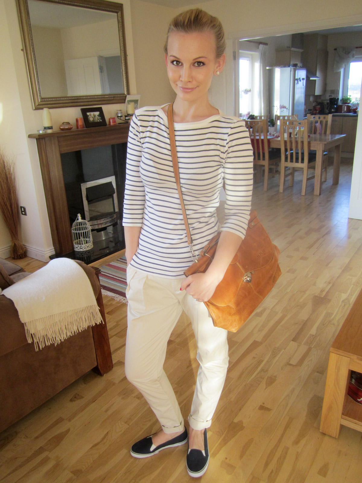 How To Wear Chinos! | Anna Saccone Joly