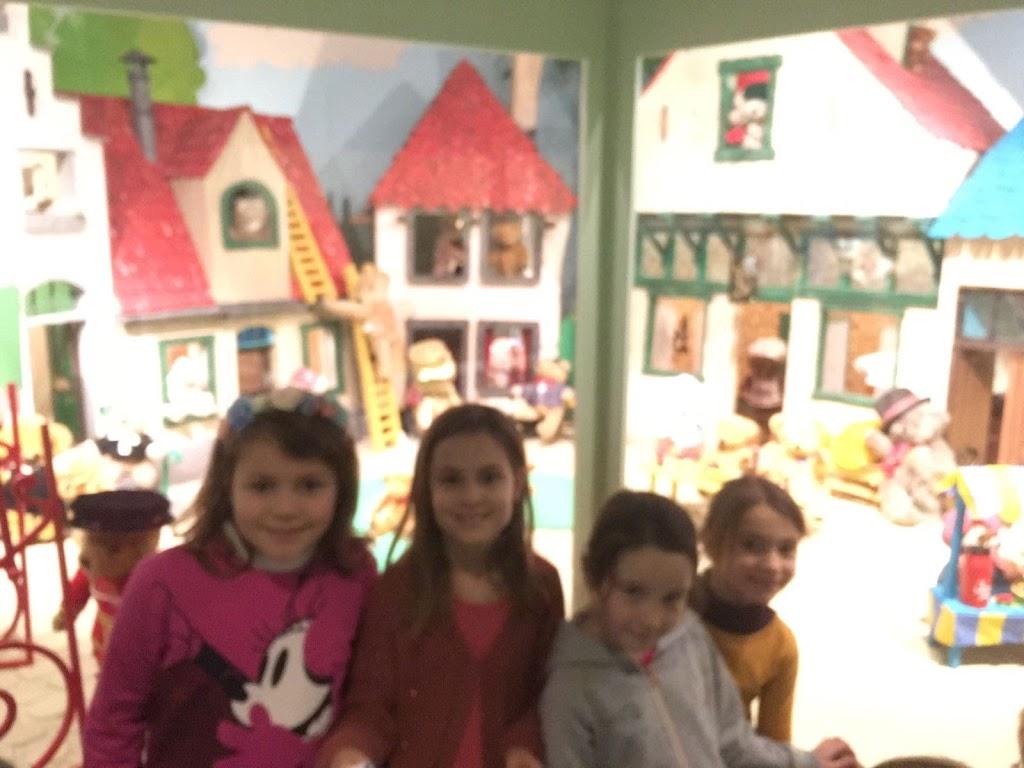 De Knetters gaan naar het speelgoedmuseum - IMG_5801.JPG