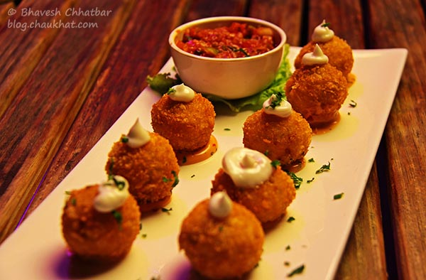 Chilli Cheese Poppers, The Flying Saucer Sky Bar, Viman Nagar, Pune