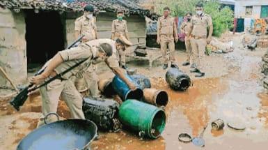 120 लीटर शराब बरामद, सात पकड़े #uttarpradesh News