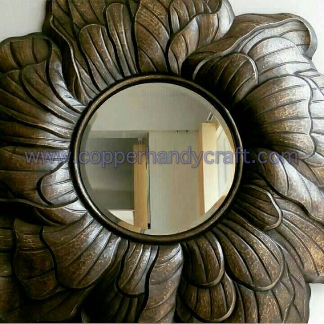 kerajinan-cermin-hias-tembaga