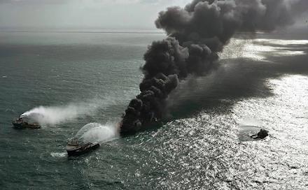 Οικολογική καταστροφή στην Σρι Λάνκα : εκατομμύρια κομματάκια πολυαιθυλένης κατέληξαν στις ακτές της
