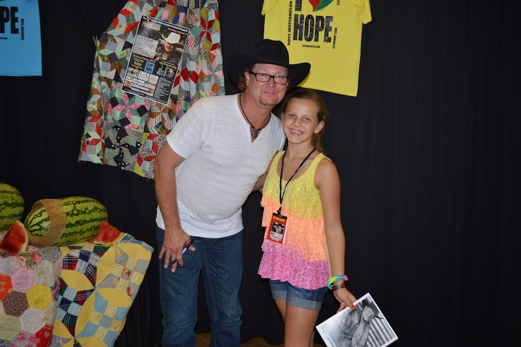 Tracy Lawrence Meet & Greet - DSC_2921.JPG