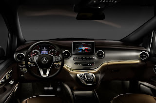 2014-Mercedes-V-Serisi-28