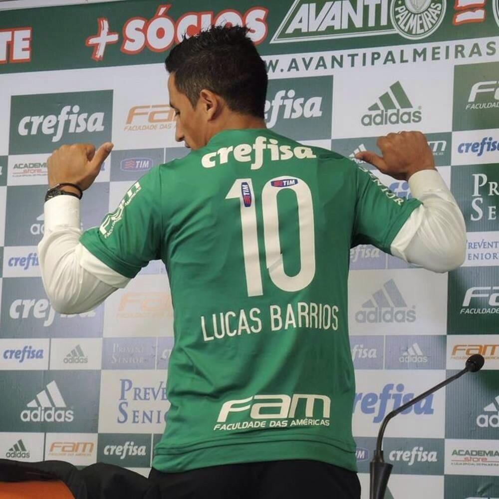 9cf23114bb Zagueiros  Victor Ramos