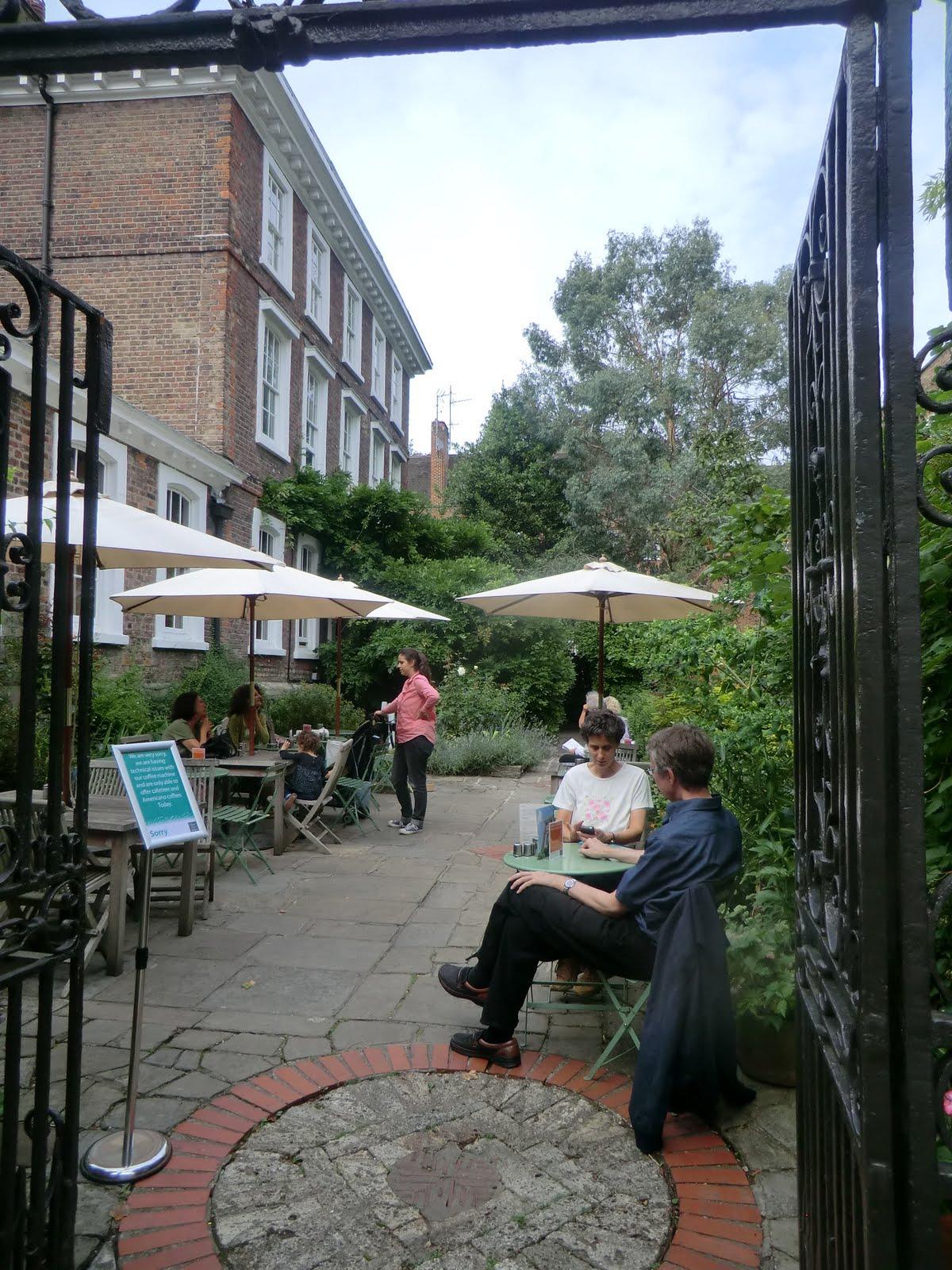 CIMG9670 Burgh House terrace, Hampstead