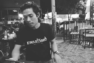 Pantun Bahasa Bugis Warnai Pelantikan Presiden dan Wapres, Ketua Dewan Etik IWO Soppeng Allin Beddu Apresiasi Bamsoet dan Jokowi