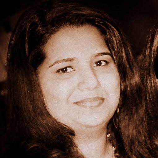 Karthika Devendran Photo 5