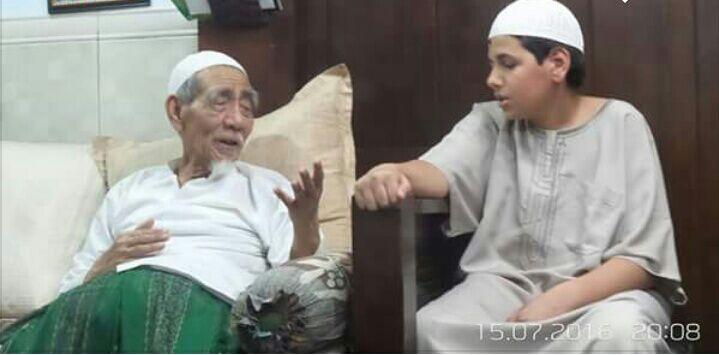 Kisah Ibrahim, Sendirian Dari Maroko ke Indonesia Hanya Pengen Sowan ke Mbah Maemoen Zubair Sarang