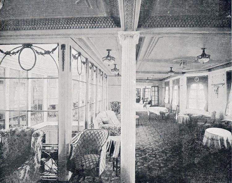 34-INFANTA ISABEL DE BORBON. Gran salón de música. Revista La Vida Marítima. Año 1914.jpg