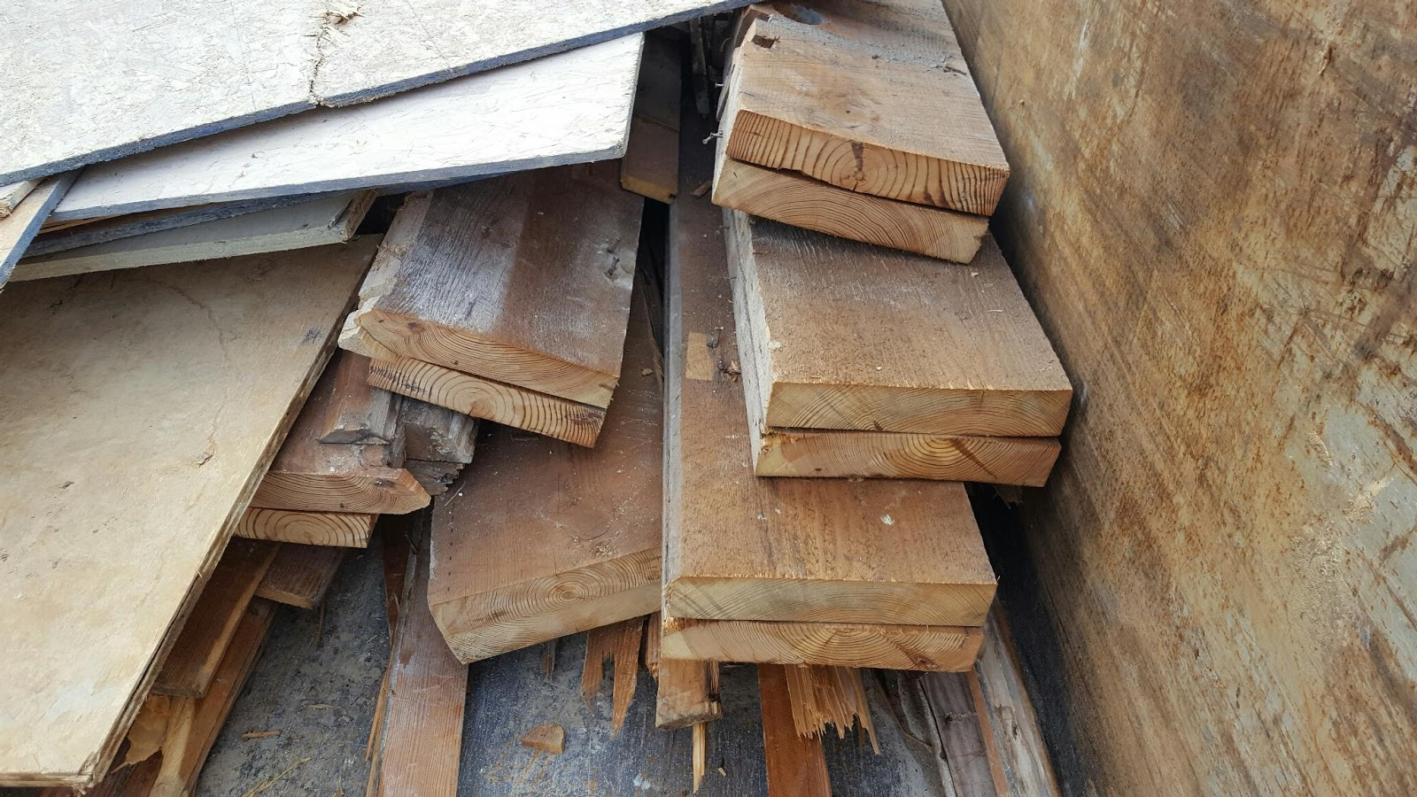 Universal floors old pine joist from 3058 for Universal flooring