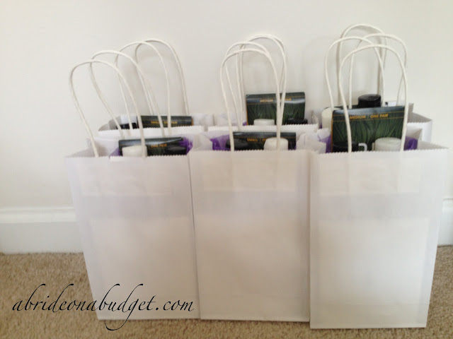 Looking for a bridesmaids gift idea? Get inspired with this bridesmaids gift on www.abrideonabudget.com.