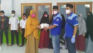 Putus Mata Rantai Covid-19, IWO Lampung Utara Bagikan Masker